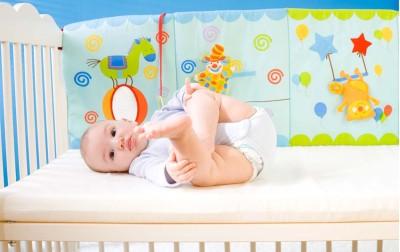 1 λόγος γιατί πρέπει να κοιμάται το μωρό στην κούνια του