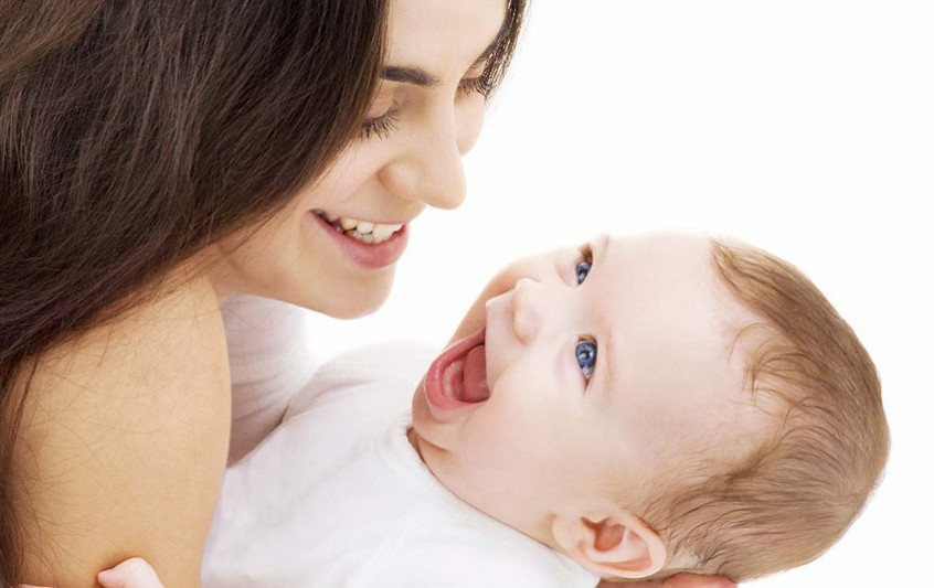 Προσκόλληση – Η πρώτη διαπροσωπική σχέση του μωρού σας