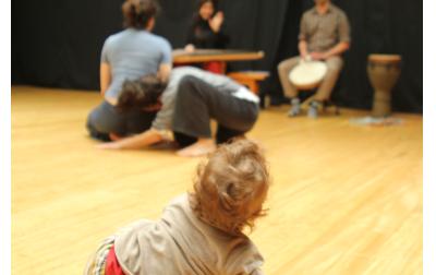 «Μία Μικρή Μουσική Παράσταση» για βρέφη από 6 ως 18μηνών και τους γονείς τους