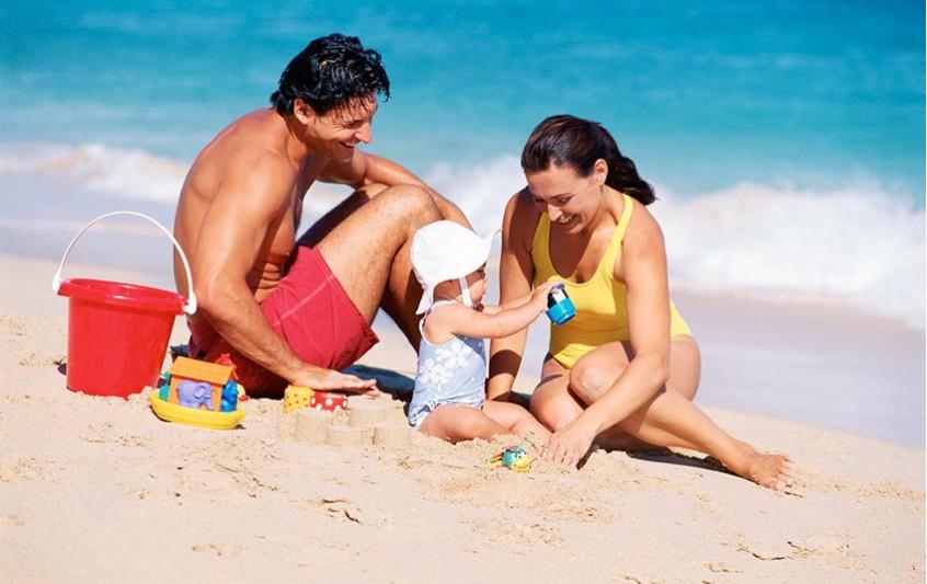 Ασφαλείς διακοπές με τα παιδιά μας