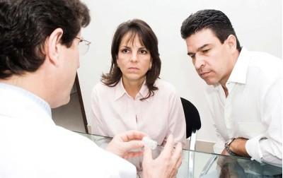 Θεωρίες και παράγοντες που επηρεάζουν την ανδρική υπογονιμότητα.