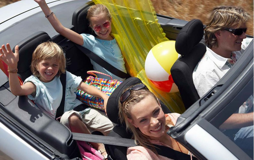 Γκρίνια στο ταξίδι των διακοπών; Ιδού 4 προτάσεις για τα παιδιά!