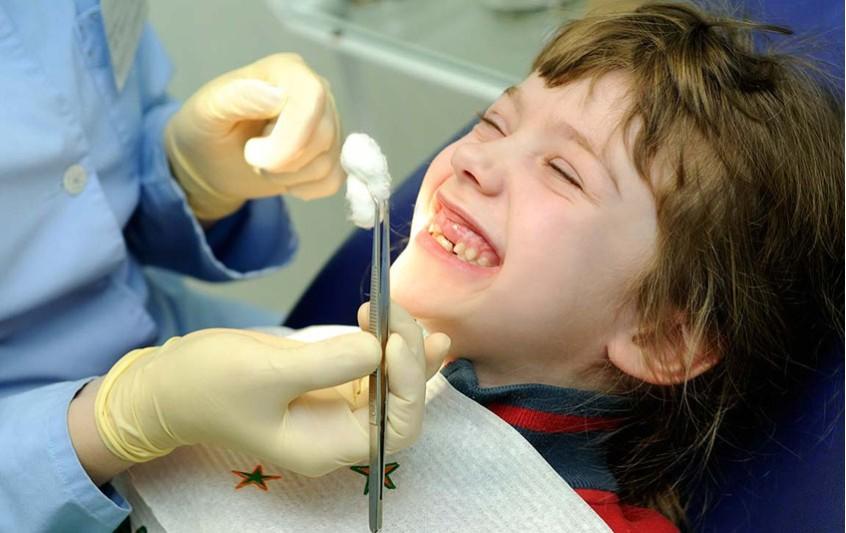 Παιδί και οδοντίατρος