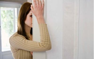 Ποιά είναι η σχέση ανάμεσα στην φυσιολογική θλίψη και την κατάθλιψη;